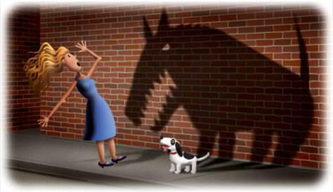 mujer asustada por perro