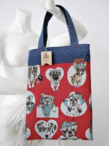 bolso estampado con perros de color rojo