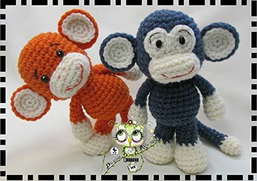 monos en lana o crochet de color azul y marron amigurumi